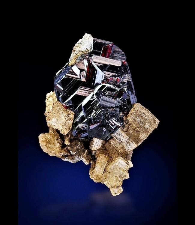 Резчик минералов