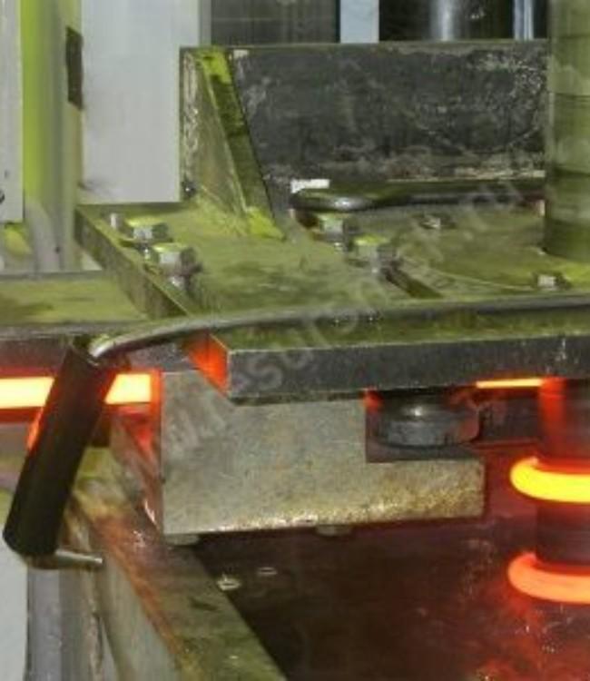 Автоматчик на узловязальных и набивочных автоматах и станках