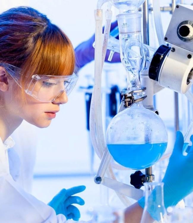 Лаборант по анализу газов в металлах