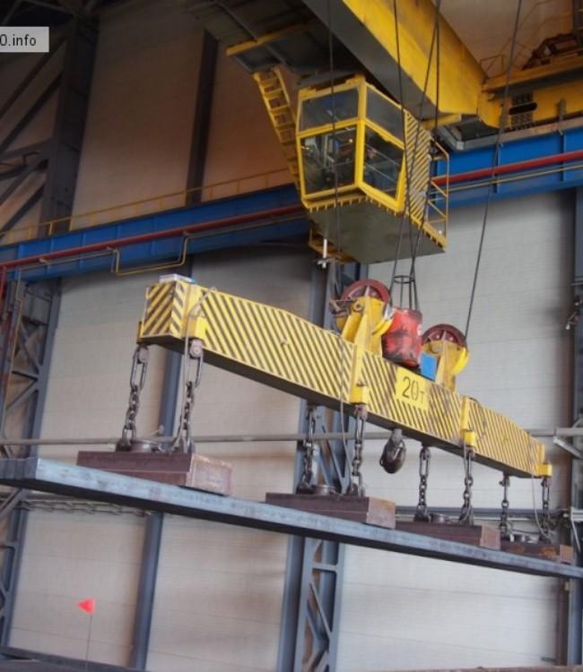 машинист крана металлургического производства фото