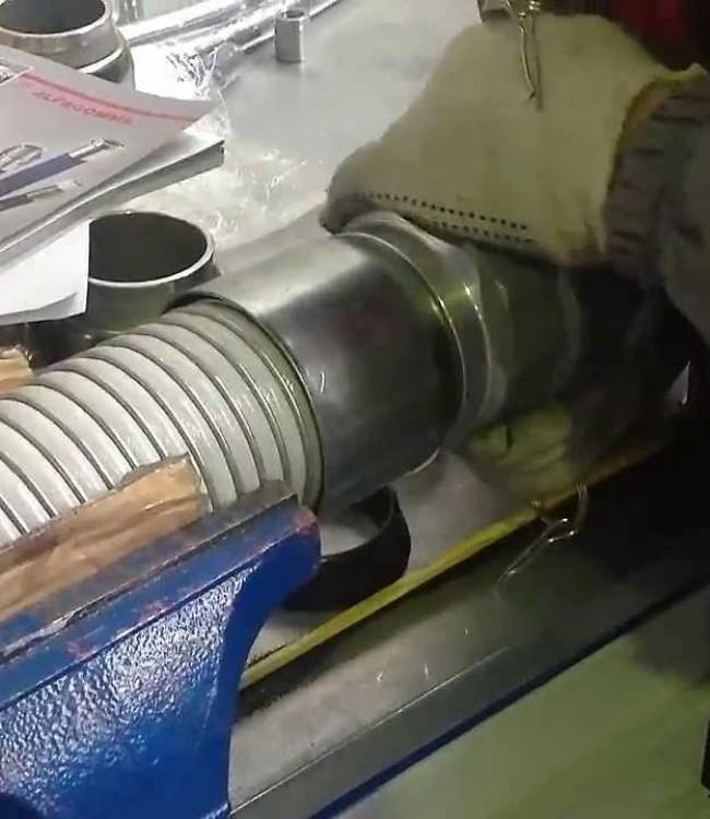 Прессовщик-освинцовщик рукавов